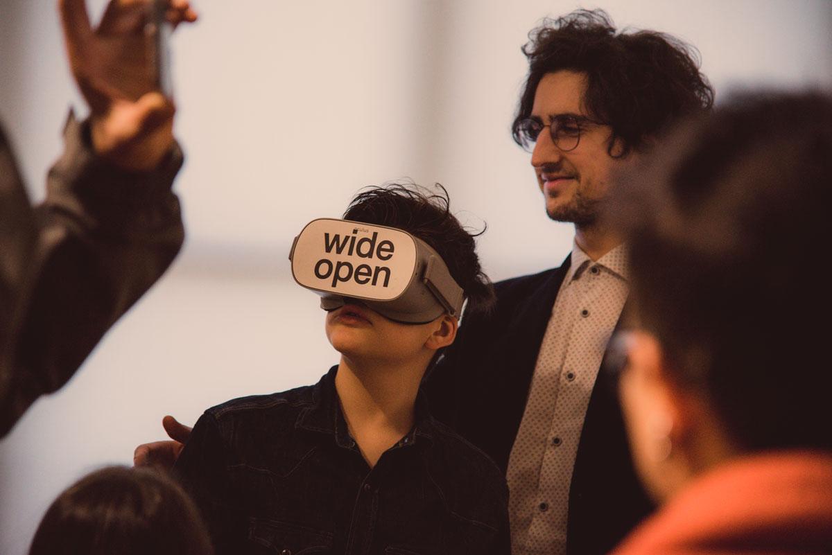 realtà-virtuale-e-comunicazione-wide-open-coworking-teramo-abruzzo