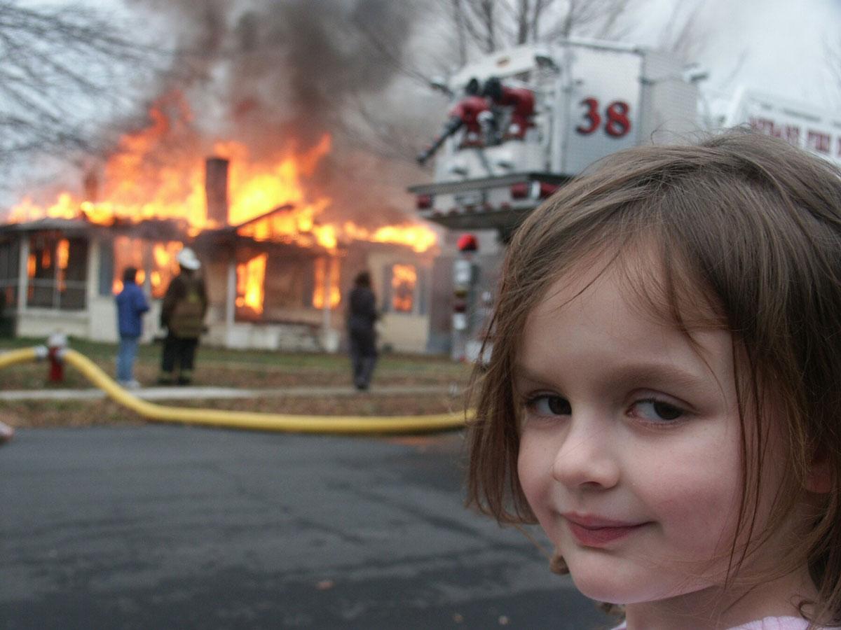 disaster girl meme nft criptovaluta wide open coworking abruzzo