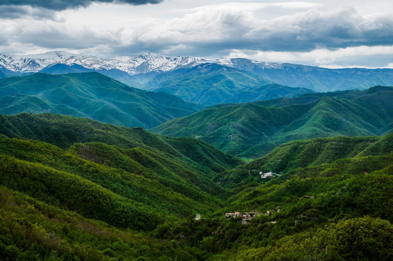 natura montagne verdi panorama sostenibilità ambientale wide open coworking abruzzo